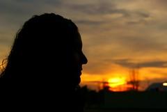 Tasting the sunset. (Joe's Room) Tags: sunset portrait sky cloud black girl look silhouette landscape atardecer loneliness chica darkness bokeh retrato sony negro paisaje cielo figure soledad silueta alpha mirada a330 oscuridad figura joesroom dsrla330