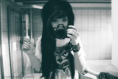 Self Portrait (Linnea Sandbakk) Tags: camera selfportrait black me girl hair myself photography blackhair nikond60 bringmethehorizon bmth