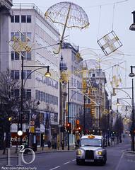 (H) Tags: christmas morning london lights taxi christmaslights londontaxi oxfrodstreet  masha3el masha3ell