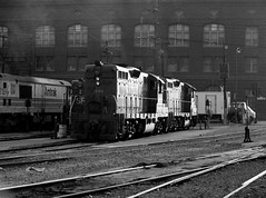 USA California San Francisco 1st November 1978 (loose_grip_99) Tags: sanfrancisco california railroad usa train blackwhite diesel noiretblanc shed engine railway trains depot locomotive 1978 railways southernpacific mpd