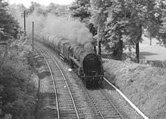 BR class 9F no.92059. Handsworth Park (Birmingham). 6 June 1965 (ricsrailpics) Tags: uk birmingham steam freight 1965 2100 handsworthpark brclass9f oiltrain