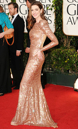 Anne Hathaway Golden Globes 2011