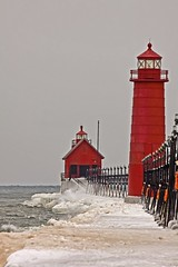 FAR ENOUGH (ddt_uul) Tags: winter red lighthouse lake snow ice water weather wave lakemichigan walkway splash foghorn flickraward platinumheartaward platinumpeaceaward mygearandme mygearandmepremium mygearandmebronze mygearandmesilver mygearandmegold mygearandmeplatinum mygearandmediamond