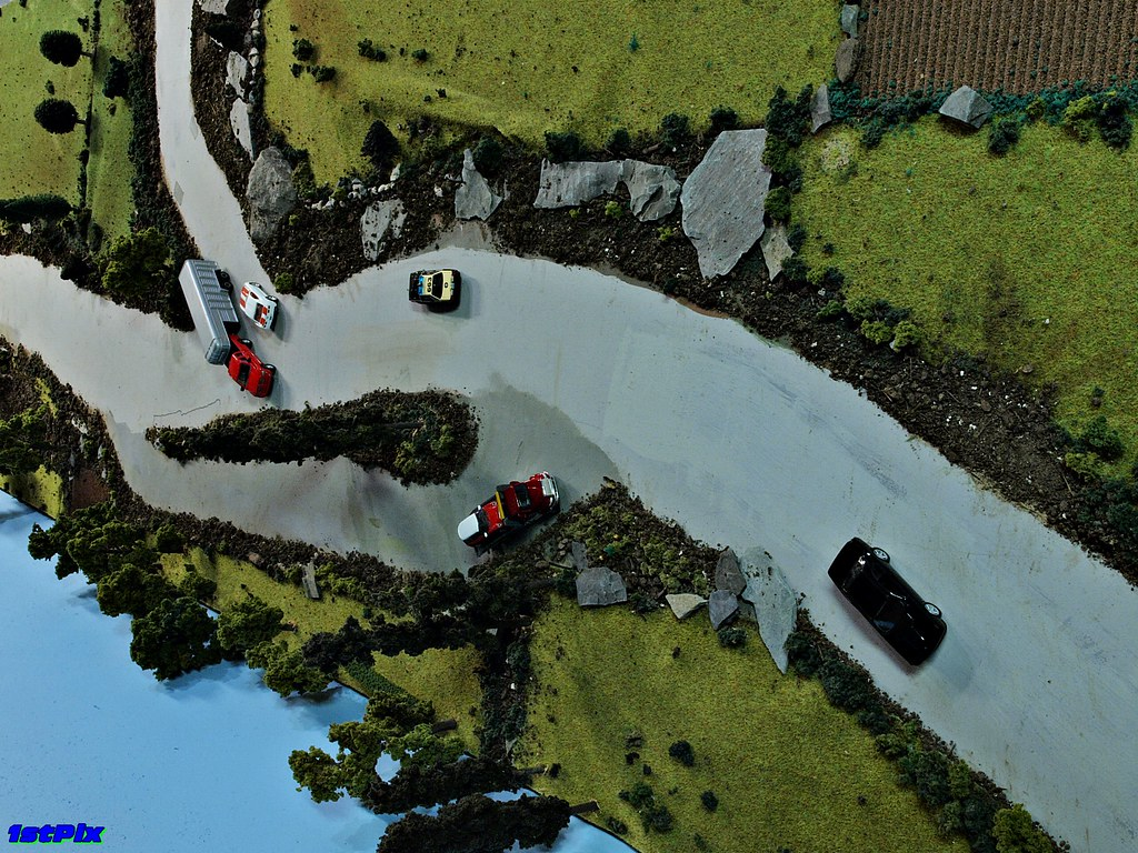 Country Road Layout