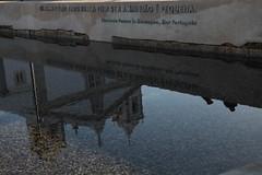 Tudo vale a pena... (filipe mota rebelo   400.000 views! thank you) Tags: reflection portugal church water canon mar poetry message lagos igreja poesia algarve reflexo 2010 markii mensagem fernandopessoa português 5dmkii