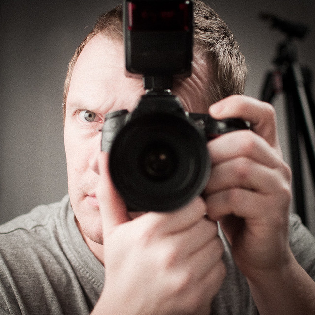 Angry photog shoots himself?