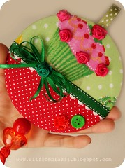 Cupcake no CD (Sil Artesanato) Tags: cd cupcake recycle reciclar