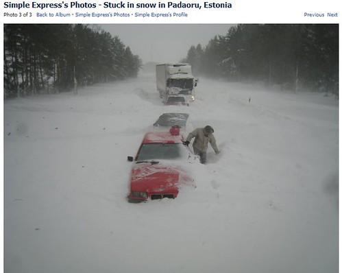 Stuck in Snow in Padaorg