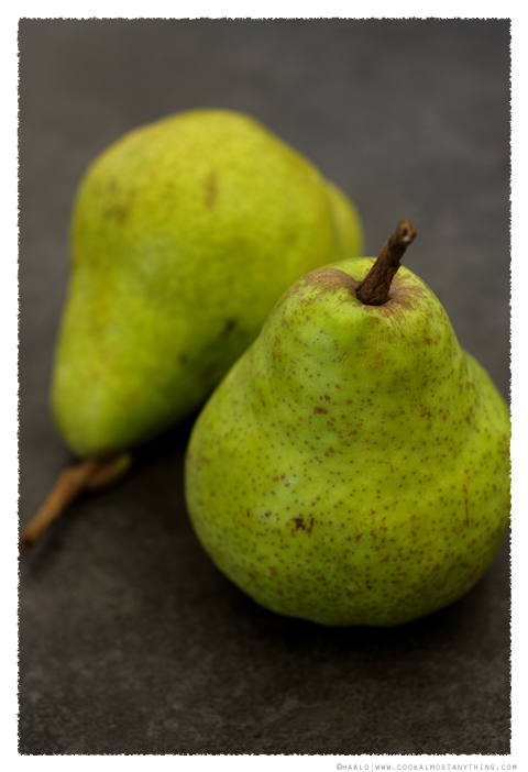 Packham Pears© by Haalo