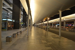 Vanishing point, Bangalore airport (lavkeshbhatia) Tags: roof urban india lines night vanishingpoint airport focus geometry pillar line tiles converge banglore align thepca devenhalli