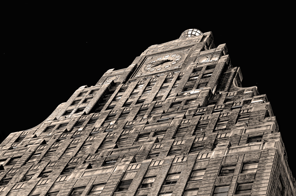 The 1926 Art Deco Paramount Building - Times Square