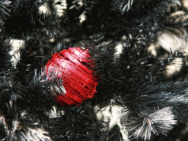 Red X'mas ball