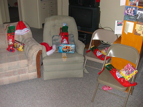 Dec 25 2010 the loot and trashy chair
