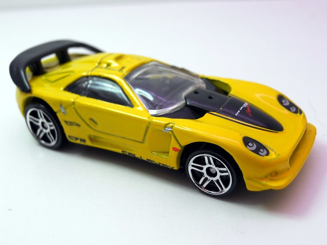 hot wheels callaway c7 yellow (2)