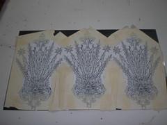 Los dibujos colocados sobre la chapa