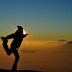 Yoga (Garpez***) Tags: shadow sun mountain snow alpes nikon ombra neve roberto sole alpi montagna valentina lagodicomo d90 alpegiumello garpez