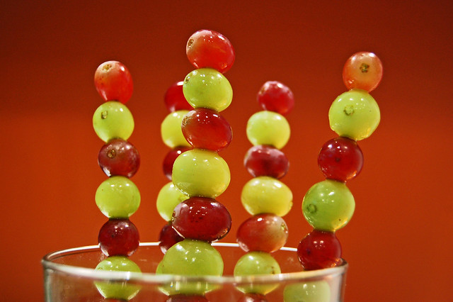 grape skewers - a spanish new year's eve tradition