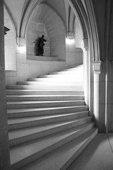 Escaleras. (Alvaro Cruz Ramos) Tags: white black blanco stairs negro praga escaleras ritmo alvarocruzramos