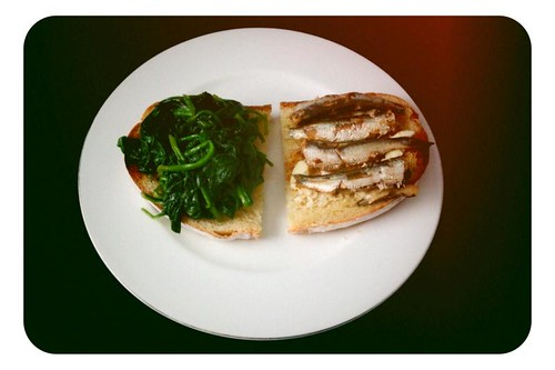 simple lunch: sardines and spinach on toast