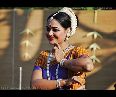 Smiling Glory .. (Rimi's Magik!) Tags: winter portrait india nature beauty festival lady dance nikon dancing expression culture chennai orissa odissi incrediblendia dakshinachitra d90 indianculture tamilnadutourismtravel
