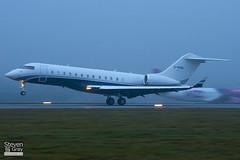 G-SANL - 9333 - Sanctuary Aviation - Bombardier BD-700-1A10 Global Express XRS - Luton - 110107 - Steven Gray - IMG_7693