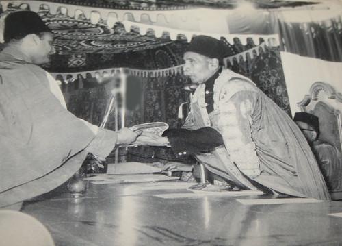 Raja Karan Singh with Nawab Chattari