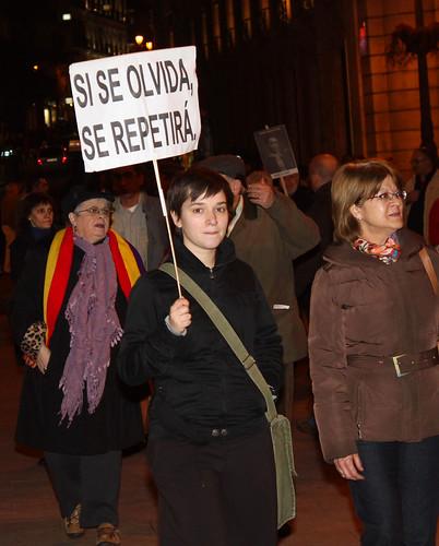 Concentración contra la impunidad del Franquismo (13/01/2011)