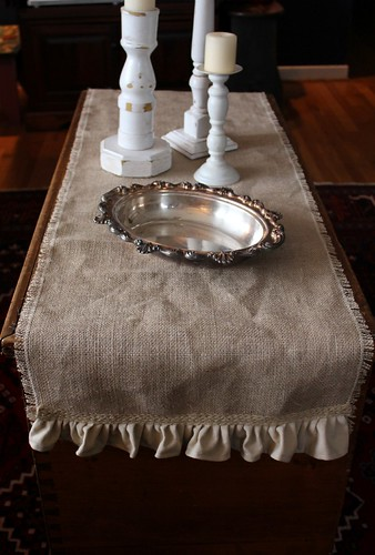 burlap table runner by Regina Moore