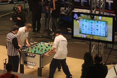 zone finale plasma joueurs arbitre et caméras