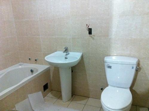 施工第十三天-廁所