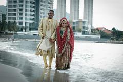 DSC_3144 (Aggr Photography) Tags: bridge wedding portrait india love pose fun groom nikon outdoor candid traditional hijab penang nikkor fx zo makan sari perkahwinan dx colourfull zamin adab d80 anakmami malaysiaphotographer d700 d3s d300s aggr