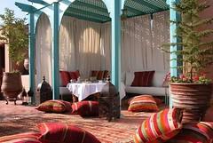 Buenos das Viajeros   Qu os parece si nos sentamos de relax mientras tomamos un rico t con menta   www.marruecosentusmanos.com marruecosentusmanos@gmail.com  #marruecos #morocco #marrakech #belleza #vida #tradicion #relax #descanso #sol #holiday #summ (marruecosentusmanos) Tags: vacaciones colores familia sol tradicion experiencia buenrato feliz risas marrakech cuscus summer holiday marruecos relax vida tconmenta belleza sabores descanso amigos otoo morocco