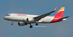EC-LVD IBERIA A320 (john smitherman-http://canaviaaviationphotography.) Tags: egll aviation aircraft airliner airplane airbus aeroplane smitherman canon 1dmk4 100400l plane planespotting jet heathrow london londonheathrow fly flight flug flughafen iberia spain eclvd a320 airport lhr