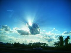 Sun/Cloud Break (Taxman~) Tags: blue sky cloud sun america break shine florida overcast rays