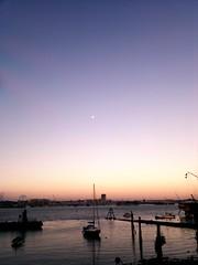 Sunrise - Moonset at Portsmouth harbour (Himanshu_Jain) Tags: uk moon station boats photography nokia harbour gimp railway moonrise portsmouth n8