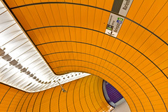 Orientation/Disorientation (yushimoto_02 [christian]) Tags: orange art station architecture canon germany underground subway munich mnchen geotagged arquitectura europe metro transport tube tunnel symmetry ubahn architektur munchen bahn marienplatz hdri architectura interiorarchitecture