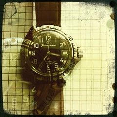 Time (photogreuhphies) Tags: clock time watch vostok ussr cccp naturemorte urss montre komandirskie hipstamatic floatfilm salvador84lens faitaubureauparennui
