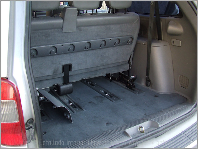 Chrysler Grand Voyager - Det. int. </span>+ opticas-09