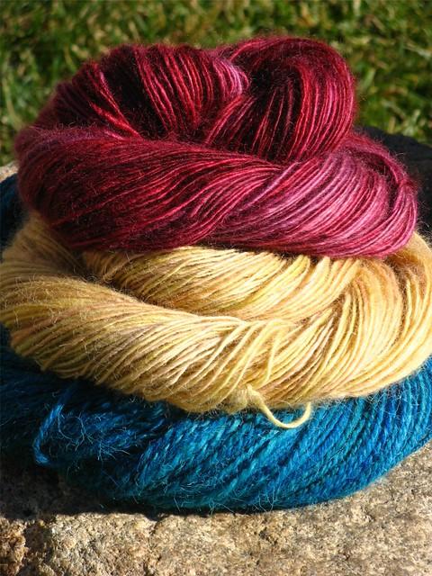 CMF Handspun wool Fav 003