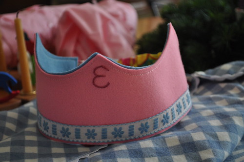 Elise is 5 :: birthday crown