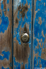 Fechado para o Natal (Closed for Christmas) (Helena Paixao) Tags: door blue azul lock porta fechadura micmarayyo