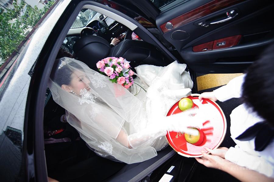 5284945033_7ef4636560_o-法鬥影像工作室_婚攝, 婚禮攝影, 婚禮紀錄, 婚紗攝影, 自助婚紗, 婚攝推薦, 攝影棚出租, 攝影棚租借, 孕婦禮服出租, 孕婦禮服租借, CEO專業形象照, 形像照, 型像照, 型象照. 形象照團拍, 全家福, 全家福團拍, 招團, 揪團拍, 親子寫真, 家庭寫真, 抓周, 抓周團拍