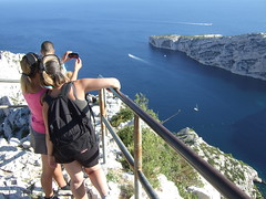 Photographiez la Provence  Luminy (Eric Lon) Tags: yoga trekking trek weekend var calanques vivre toulon marcher littoral saintmandrier lagarde respirer ericlon randonner seynesurmer oxygener yogatrekking assouplir