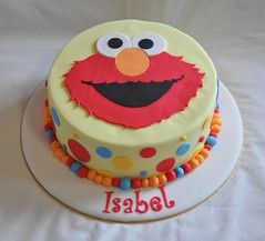 Elmo cake for Isabel (Its A Cake Thing (Jho)) Tags: elmo polkadots elmocake
