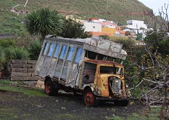 Ford 7V in Tenerife (SemmyTrailer) Tags: ford lorry tenerife trucks 7v