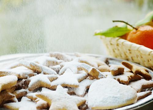 Snowy Banana and cinnamon cookies christmas recipe decoration christmas tree коледни сладки бъдни вечер постни алергии