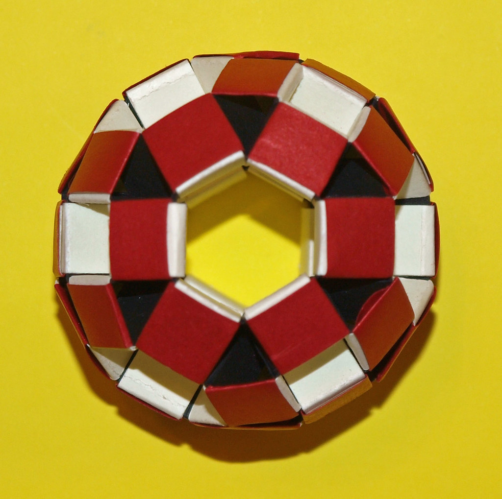 The World's Best Photos of origamimodular and polyhedra ... - photo#3