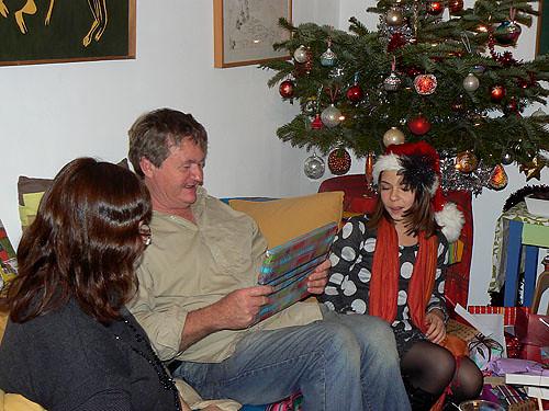 philippe ouvre ses cadeaux.jpg