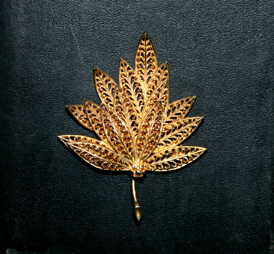 Vintage Designer Costume Jewelry Leaf Brooch - 04