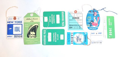 COLLECTION A DAY: AIRLINE TAGS
